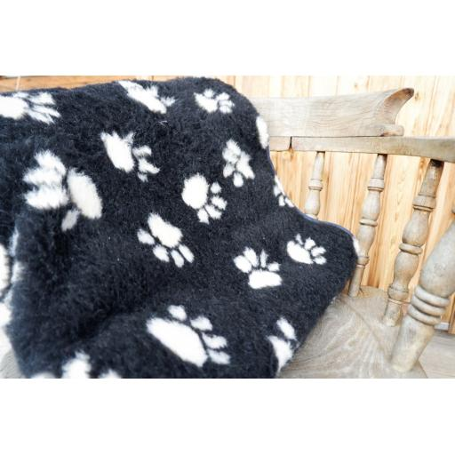Handmade Blanket, Black